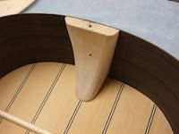Lute and Historical Guitar Building with Michael Schreiner: February 2012 #guitarbuilding
