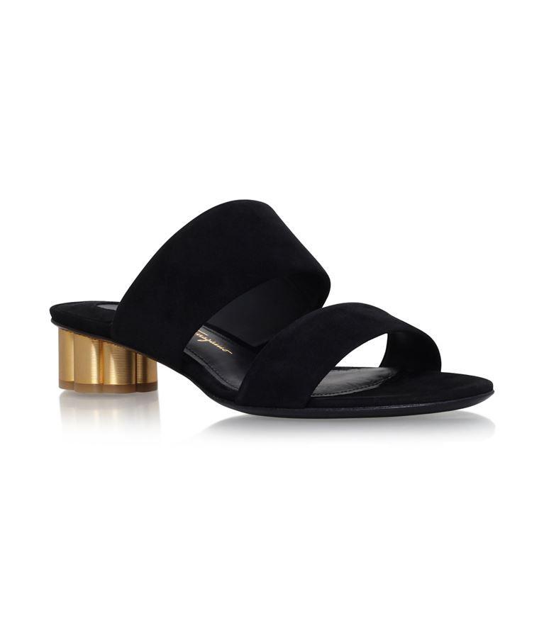 Fashion Womens Salvatore Ferragamo Belluno Flower Heel Sandals Black