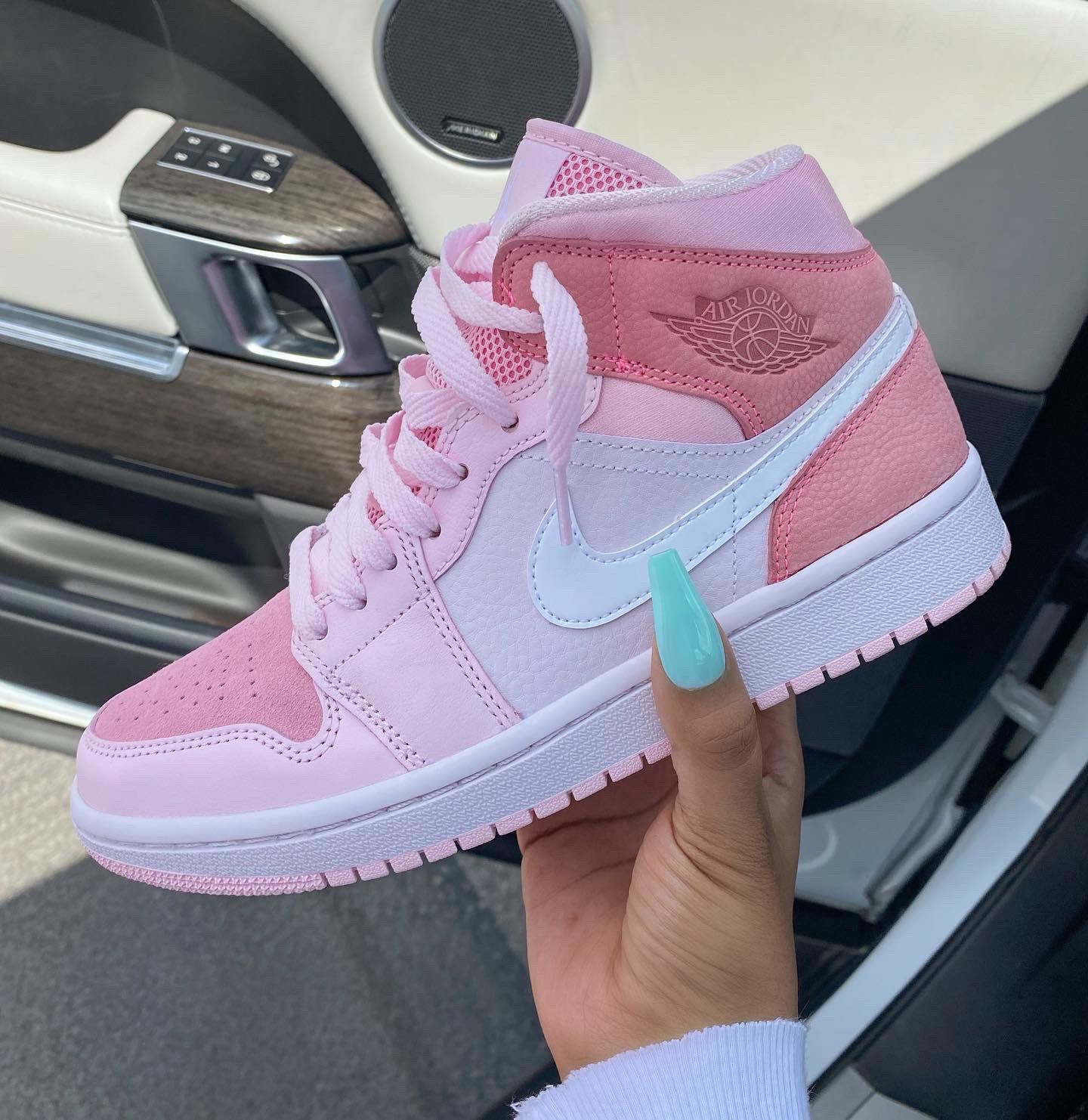 Nike on Twitter | Cute nike shoes, Jordan shoes girls, Cute sneakers