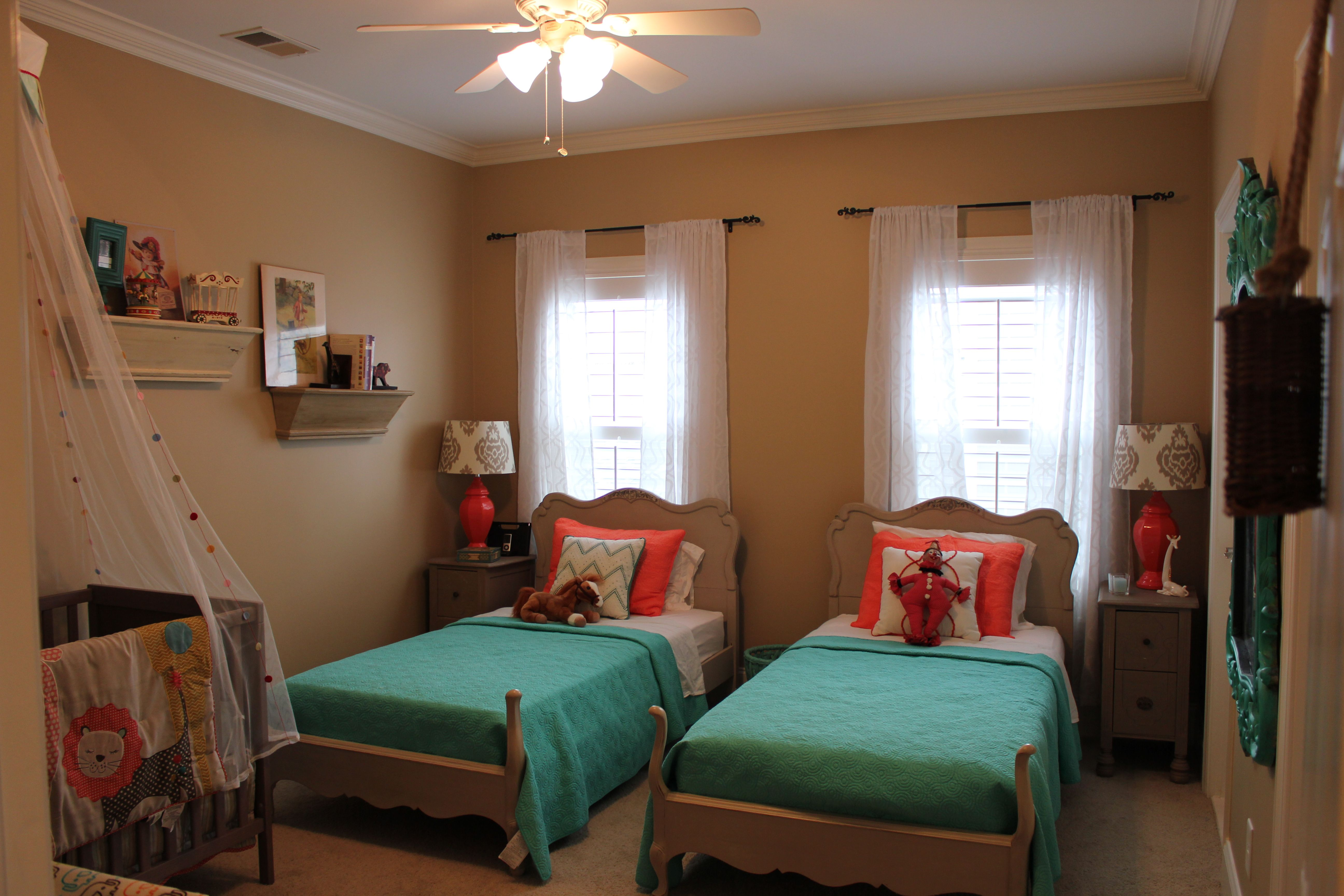 detail explaination for creative twin bed ideas small ...