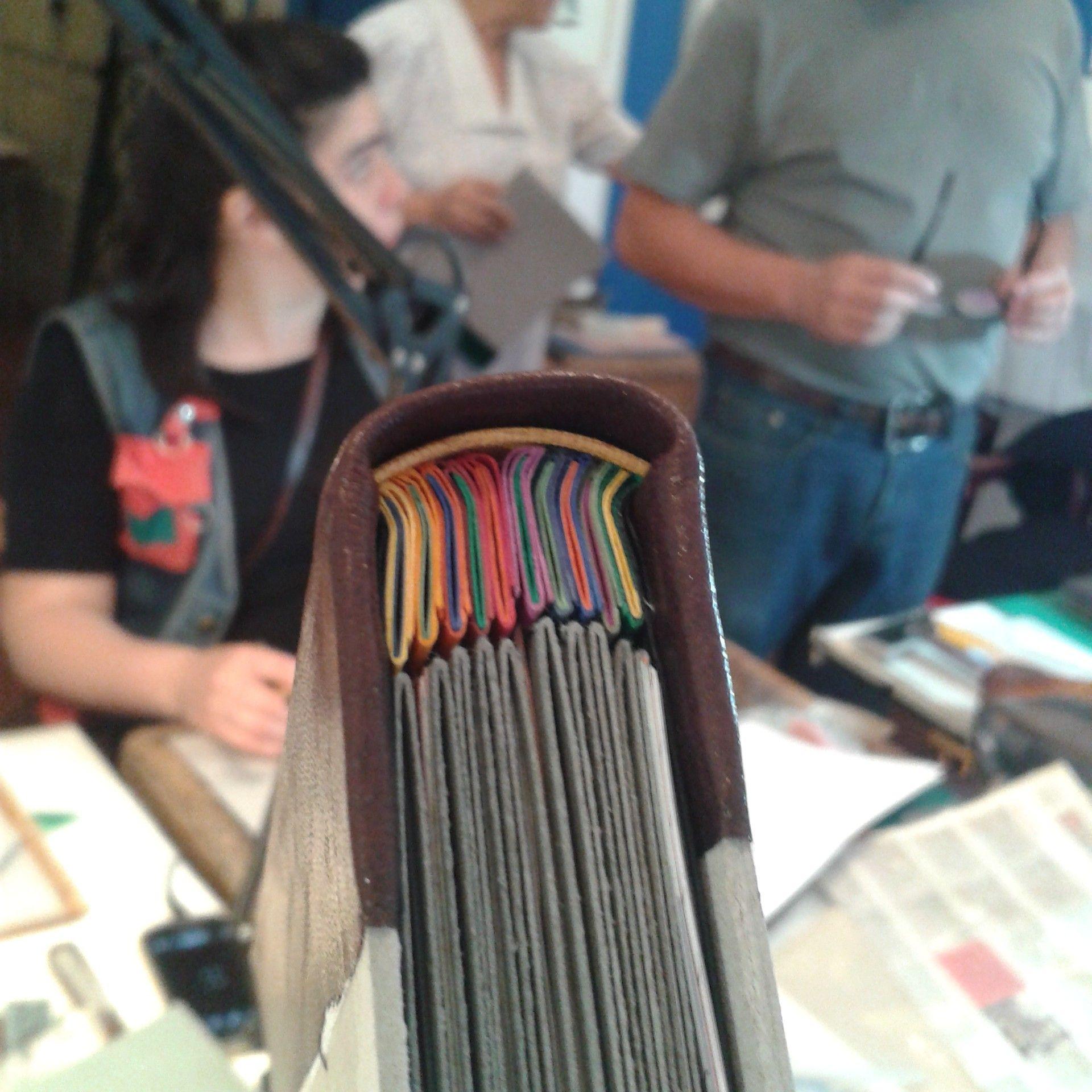 taller de álbum de fotos con escartivanas. bookbinding.