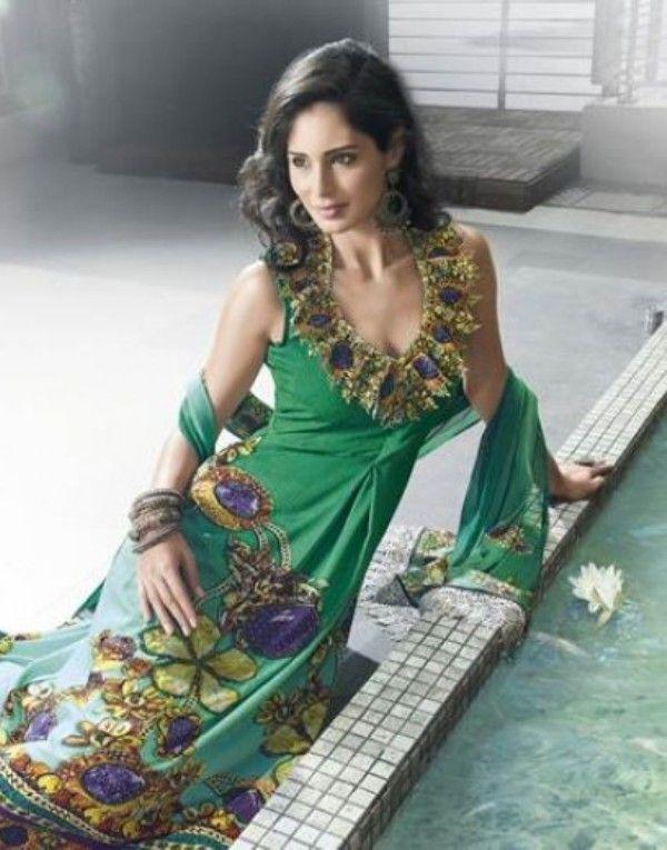 beautiful pakistani salwar kameez neck designs places to