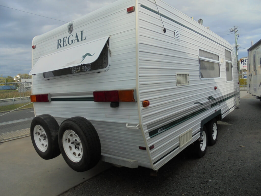 REGAL DELUXE FAMILY TOURER Needs a bit of attention but at