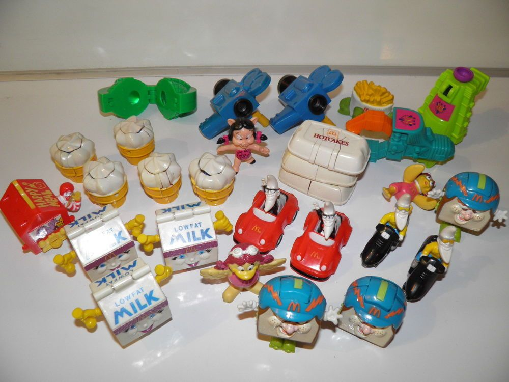 HUGE LOT OF VINTAGE McDONALD'S HAPPY MEAL 1990's in Toys & Hobbies   eBay