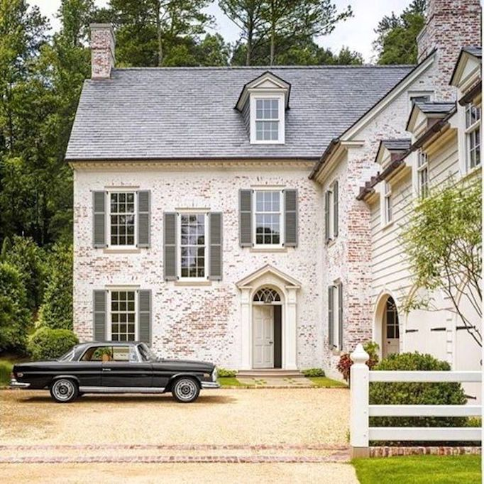 Get The Whitewash Look Paint Limewash And The German Smearbecki Owens Exterior Brick Brick Exterior House House Exterior