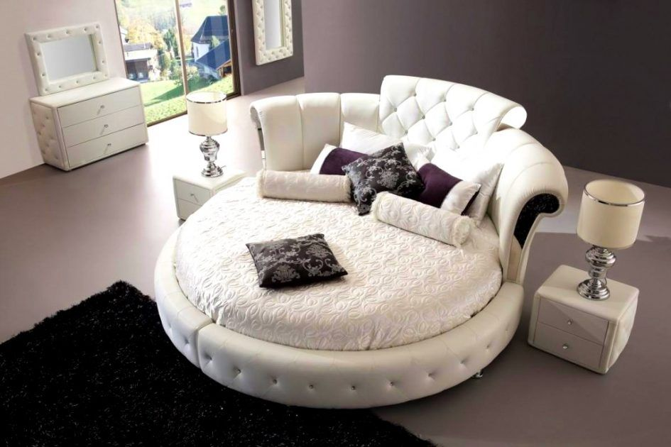 Best Bedroom Glamorous Circle Bed Unique Round Inspiration 400 x 300