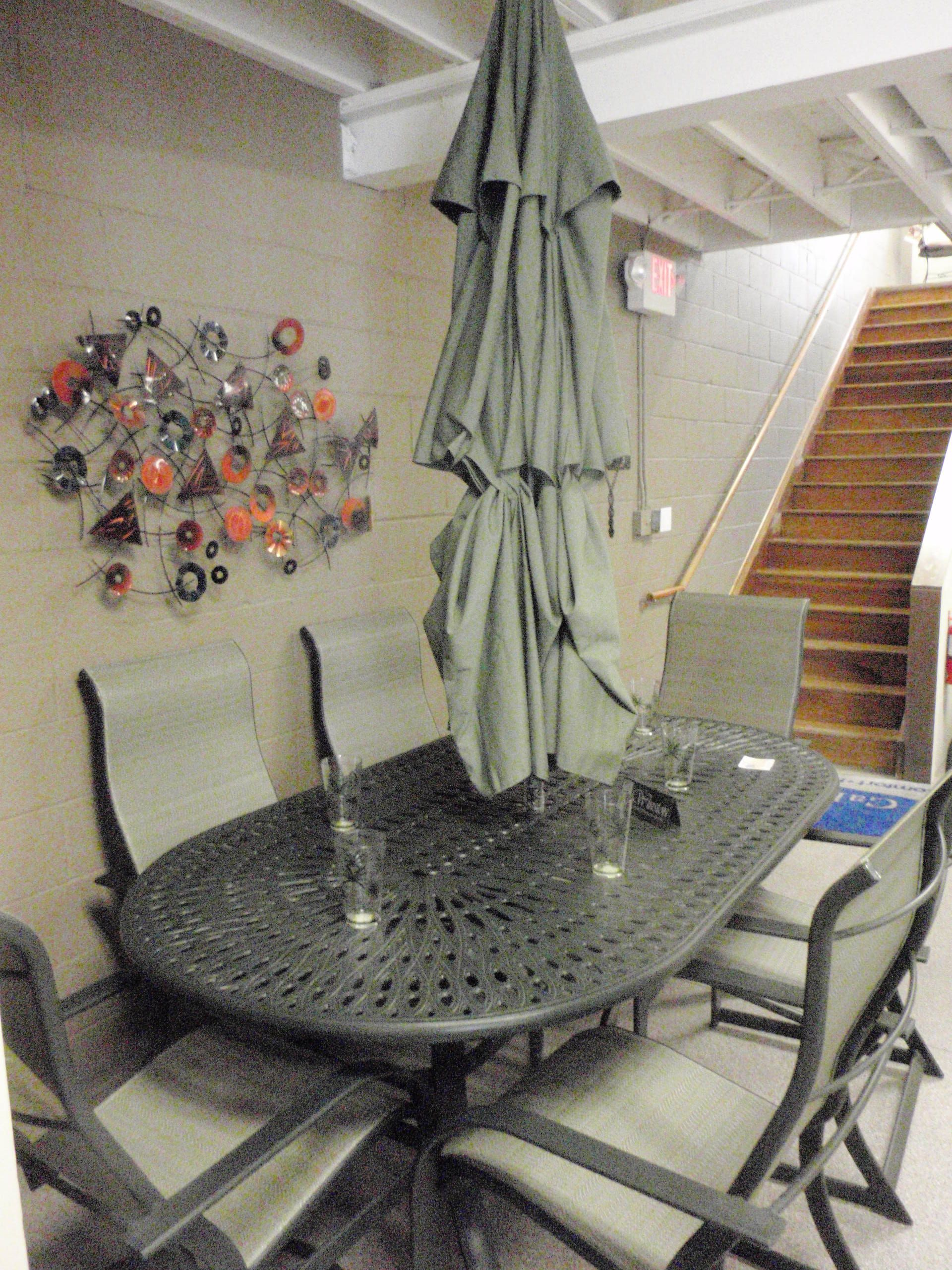 Winston Key West Patio Furniture Set Cast Aluminum Table 2 Swivel And 4 Dining