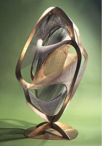 Naum Gabo Linear construction in space no4