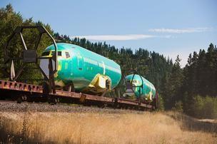 BNSF adding rail cars to meet Boeing 737 transport demand