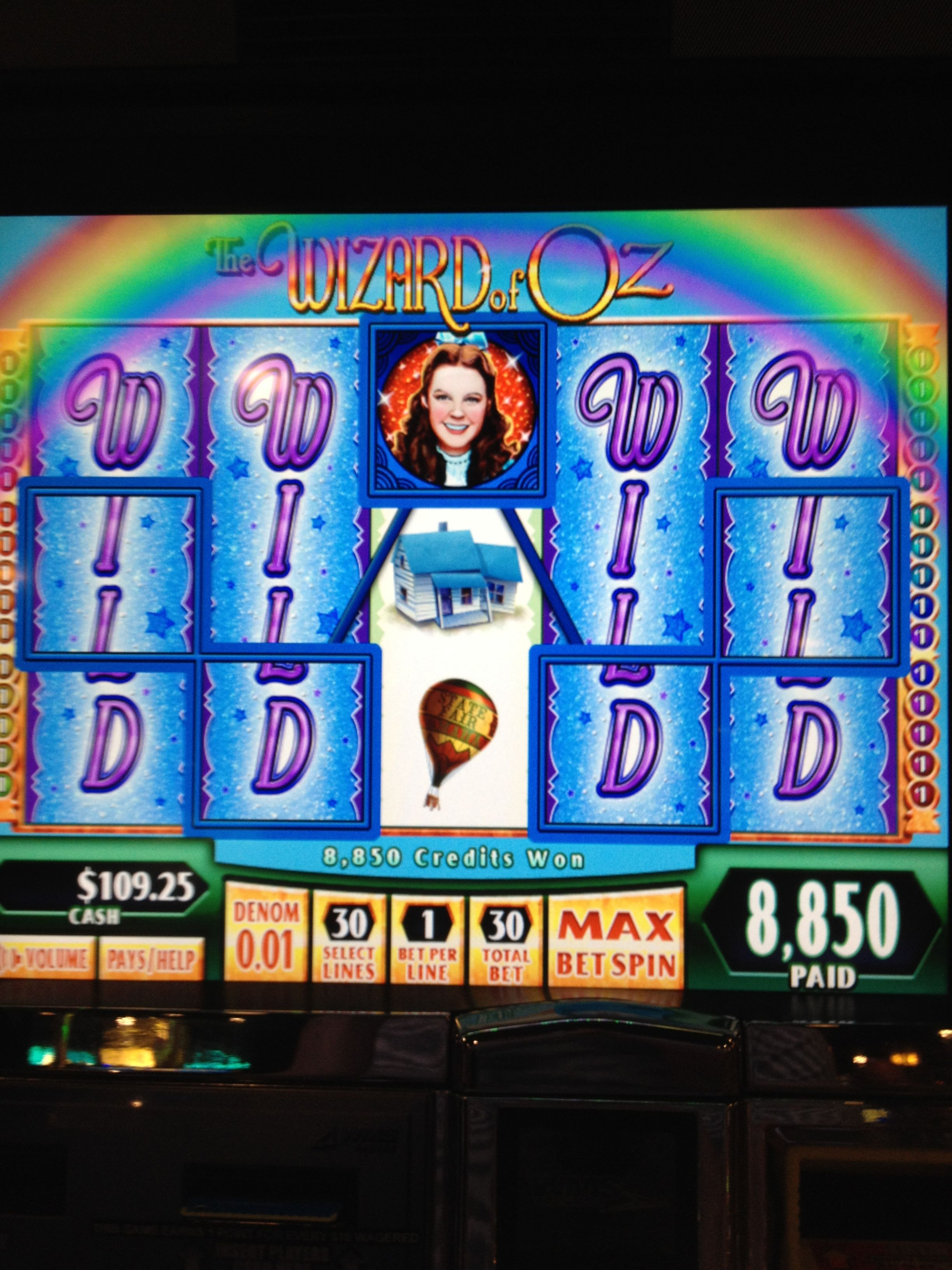 Jaws slot machine las vegas michigan indian casino gambling age