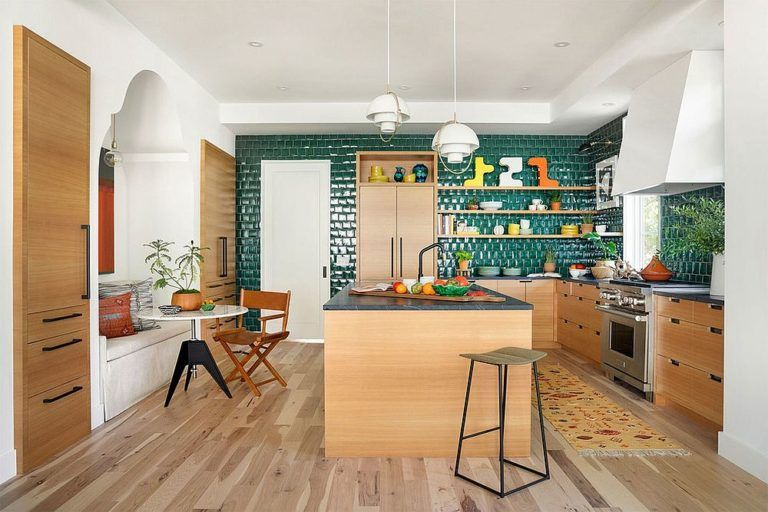 Trendy Colorful Kitchen Backsplashes From Blue And Green To