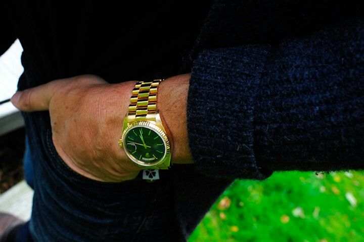 rolex day date gold 18038 hand in the pocket