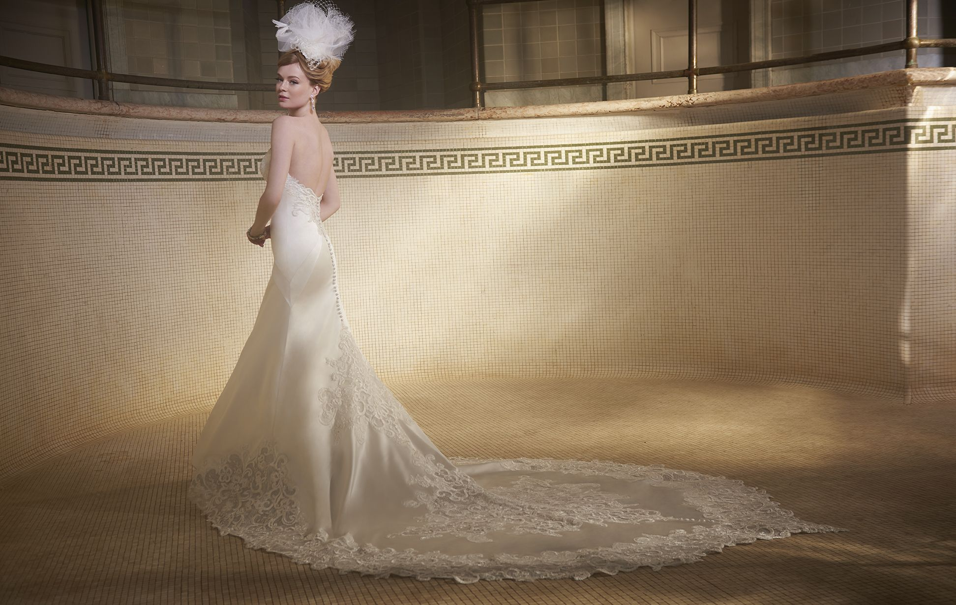 Chicago wedding dress shops  Matthew Christopher designer weddingdress in Chicago Dimitraus