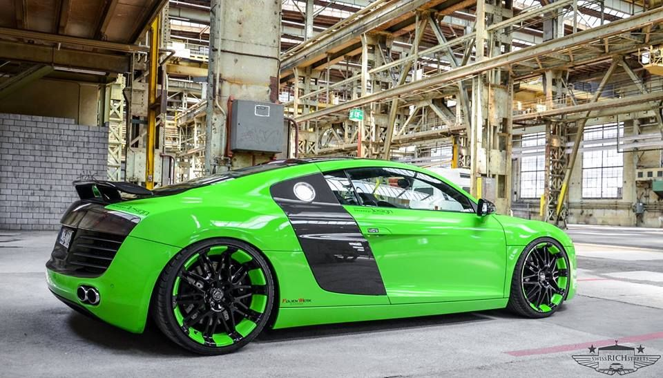 Green Audi R8 Ауди r8, Спортивные автомобили, Гонки