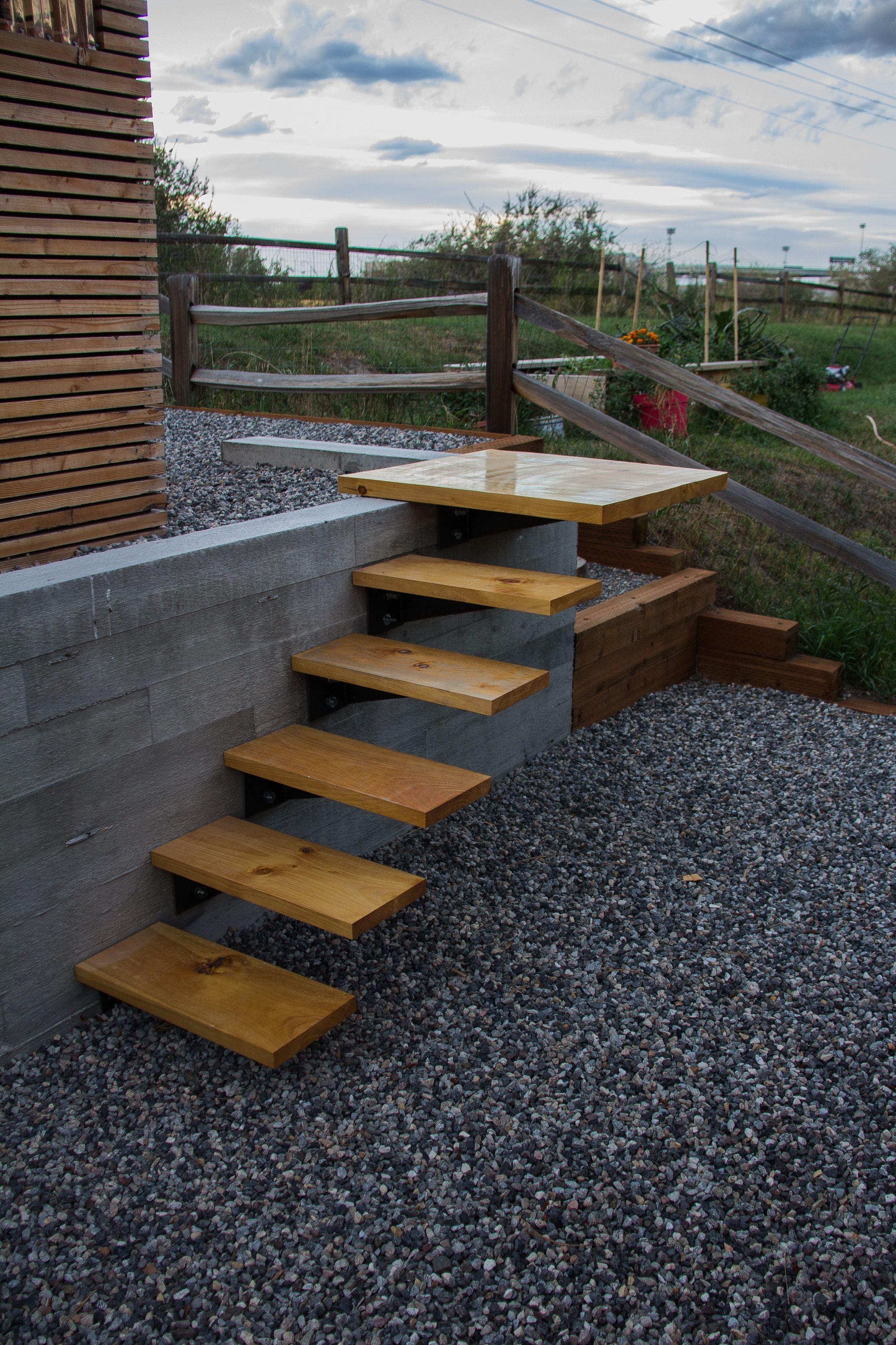Best Cantilever Stairs Escadas Arquitetura Casa De Madeira 400 x 300