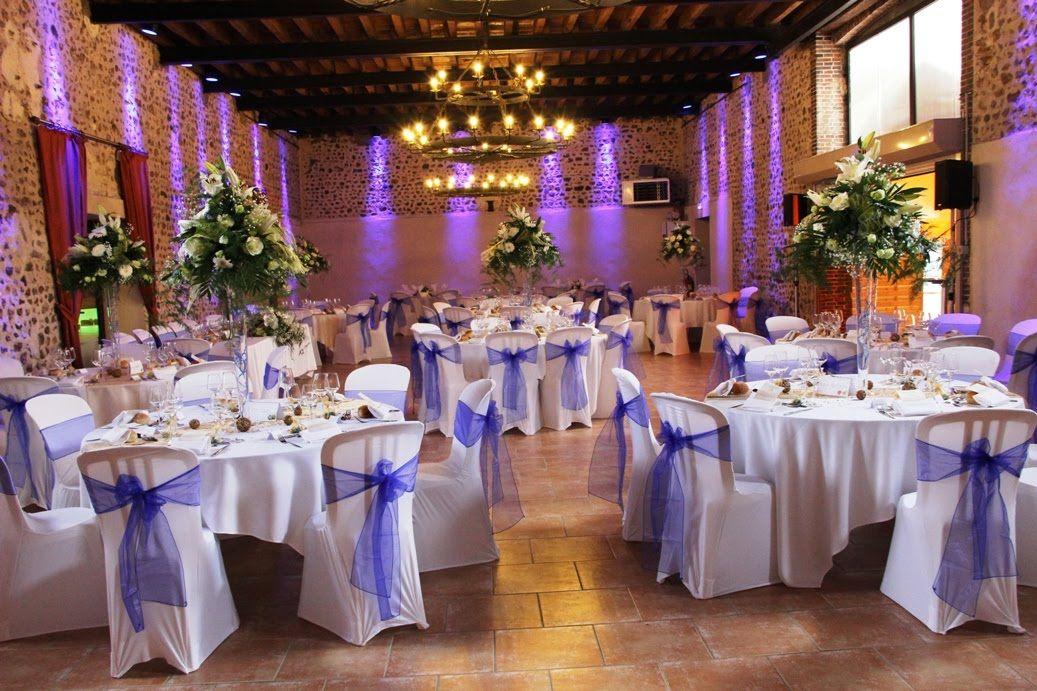 D coration de mariage bleue et or moulin saint agnes for Decoration pour reception