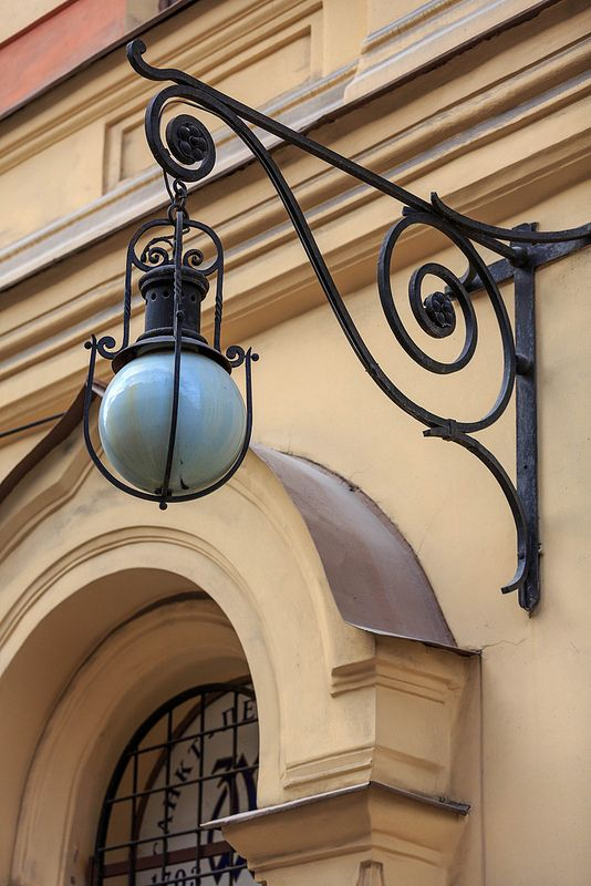 Saint-Petersburg #streetlights, #lights #streetlamp