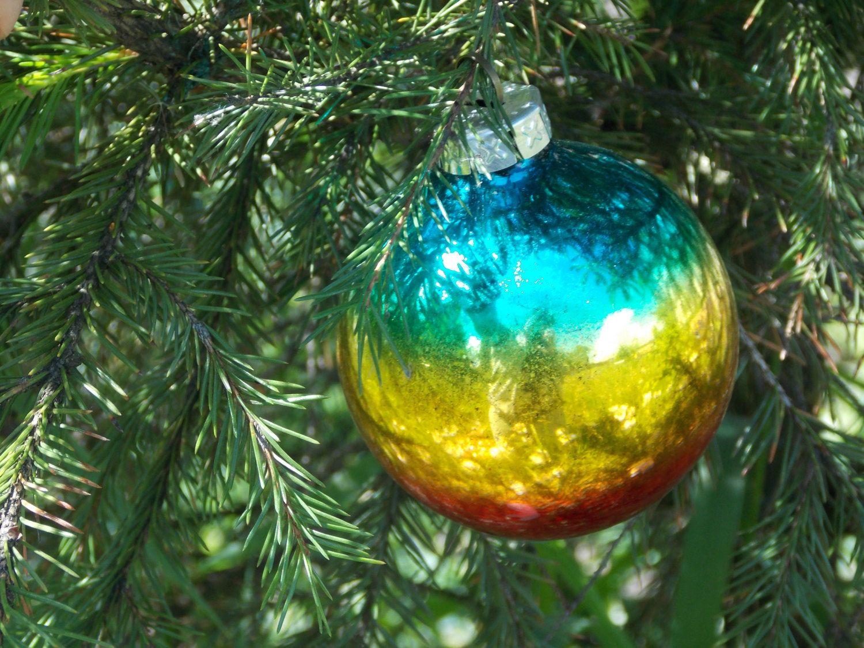 Vintage 60s Lot of 9 green orange and yellow mercury glass Christmas balls