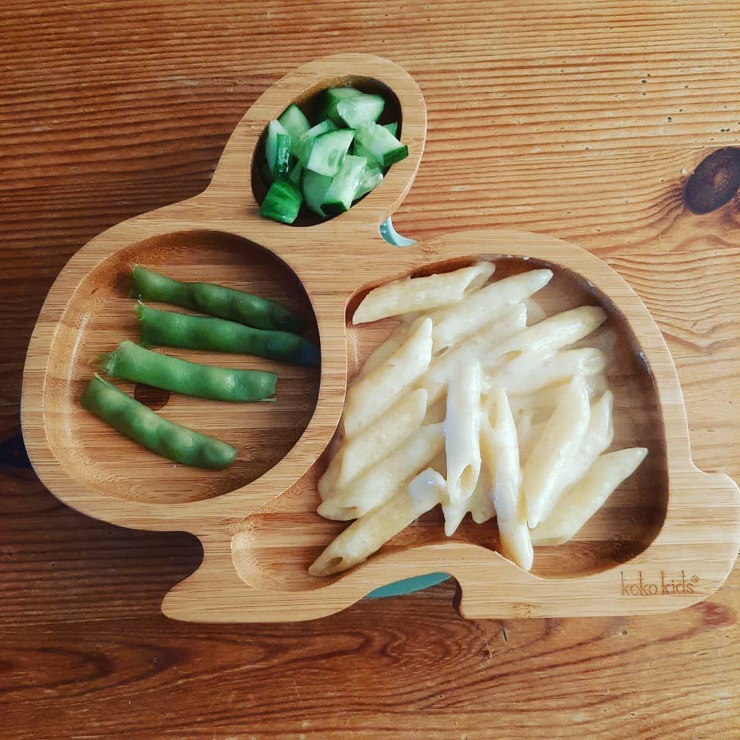 ꪑꪖᥴ ꪖꪀᦔ ᥴꫝꫀꫀᦓꫀ With some beans from the garden! . . . . . . . #blwideas #baby #food #macandcheeserecipe #macandcheese #daddyandme #dadcooking #veggiedad #vegetarianblw #kokokids #beans #greenbeans
