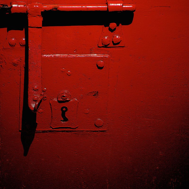 Closed / Chiuso