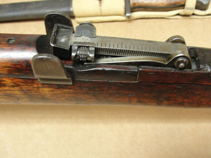 Surplus Saturday: SMLE Lee Enfield | http://guncarrier.com/surplus-saturday-smle-lee-enfield/