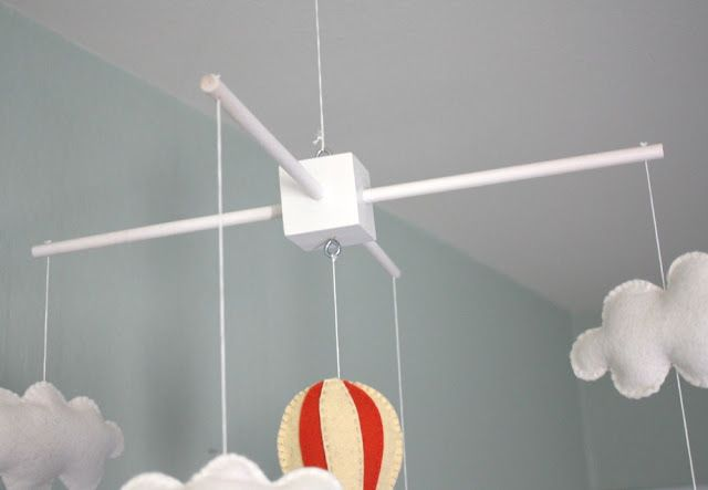 DIY wooden mobile hanger for Baby H's hot air balloon mobile.