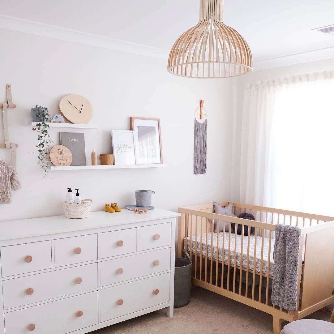 Na Obrazku Muze Byt Uvnitr Nursery Baby Room Baby Room Design