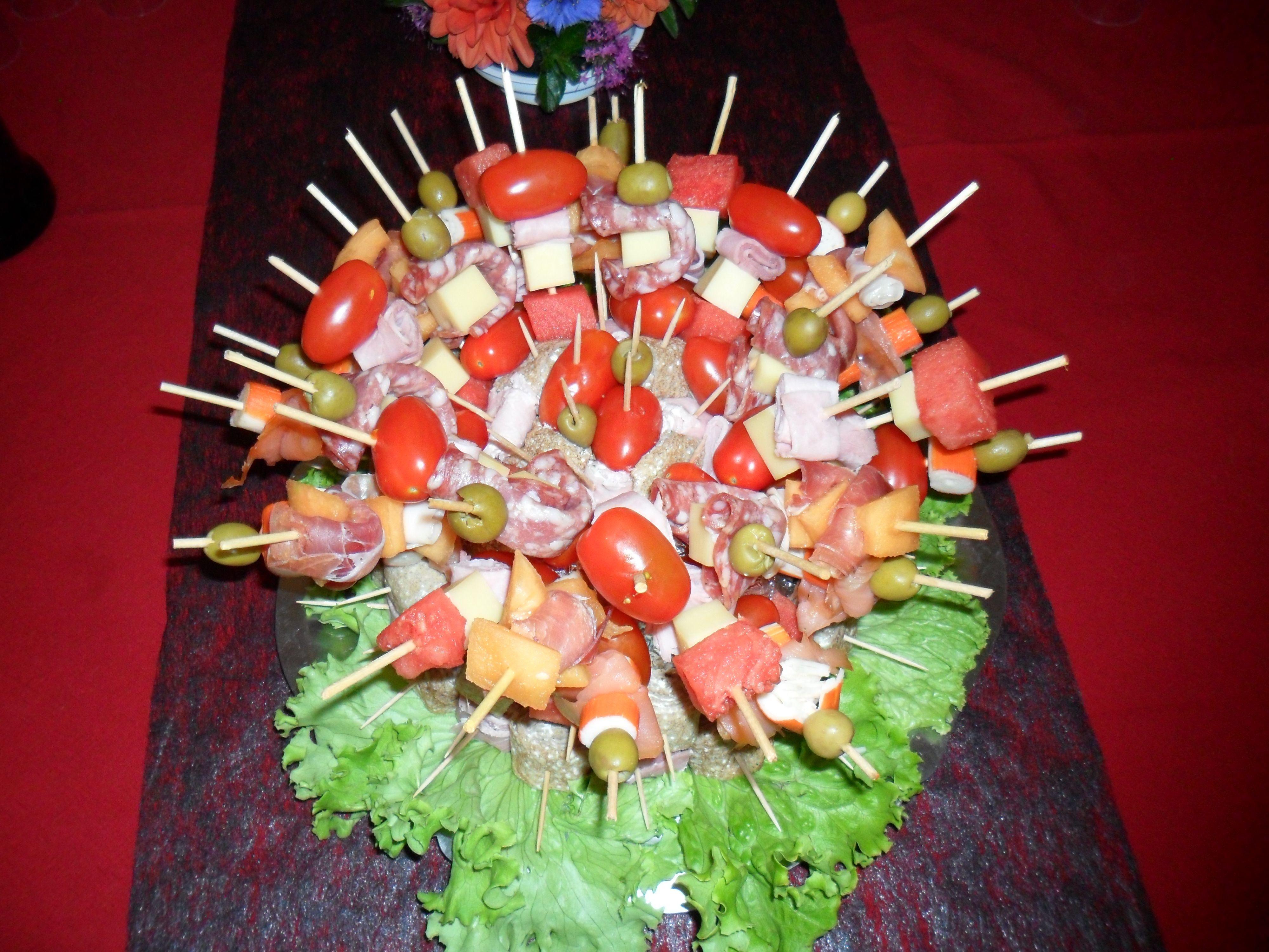 pr paration pour buffet froid saveurs d 39 t tomates cerises melon past que jambon et. Black Bedroom Furniture Sets. Home Design Ideas