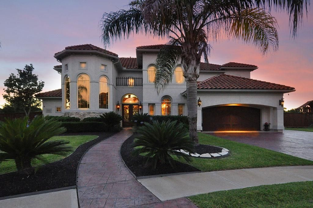 2502 Baywater Canyon Dr, Pearland, TX 77584 JEWEL OF