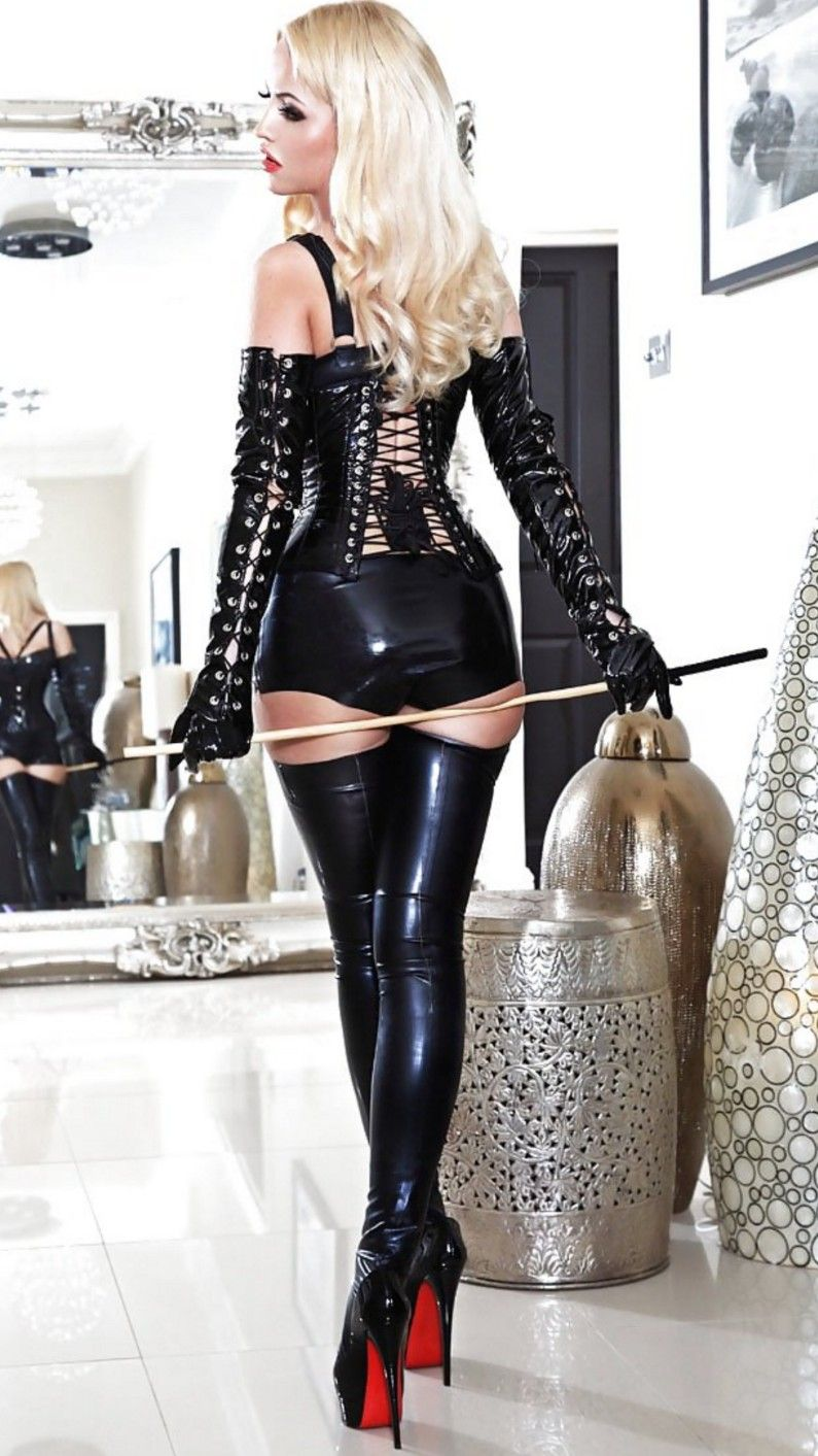 """greatcarp: """"Soooo hot, love to kiss your beautiful ass mistress """" slave…  put on your sissy latex maid outfit… and clean My UES NY apt…"""
