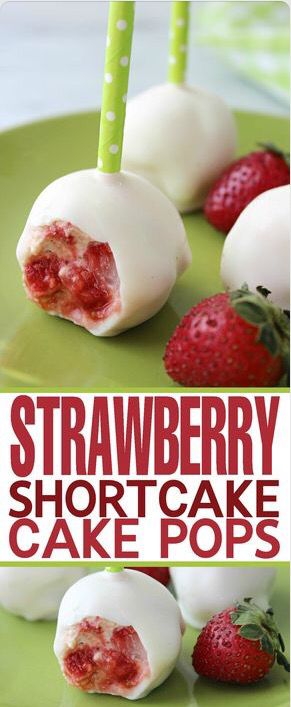 Strawberry shortcake cake pops! Enjoy these delicious desserts with your family and friends.