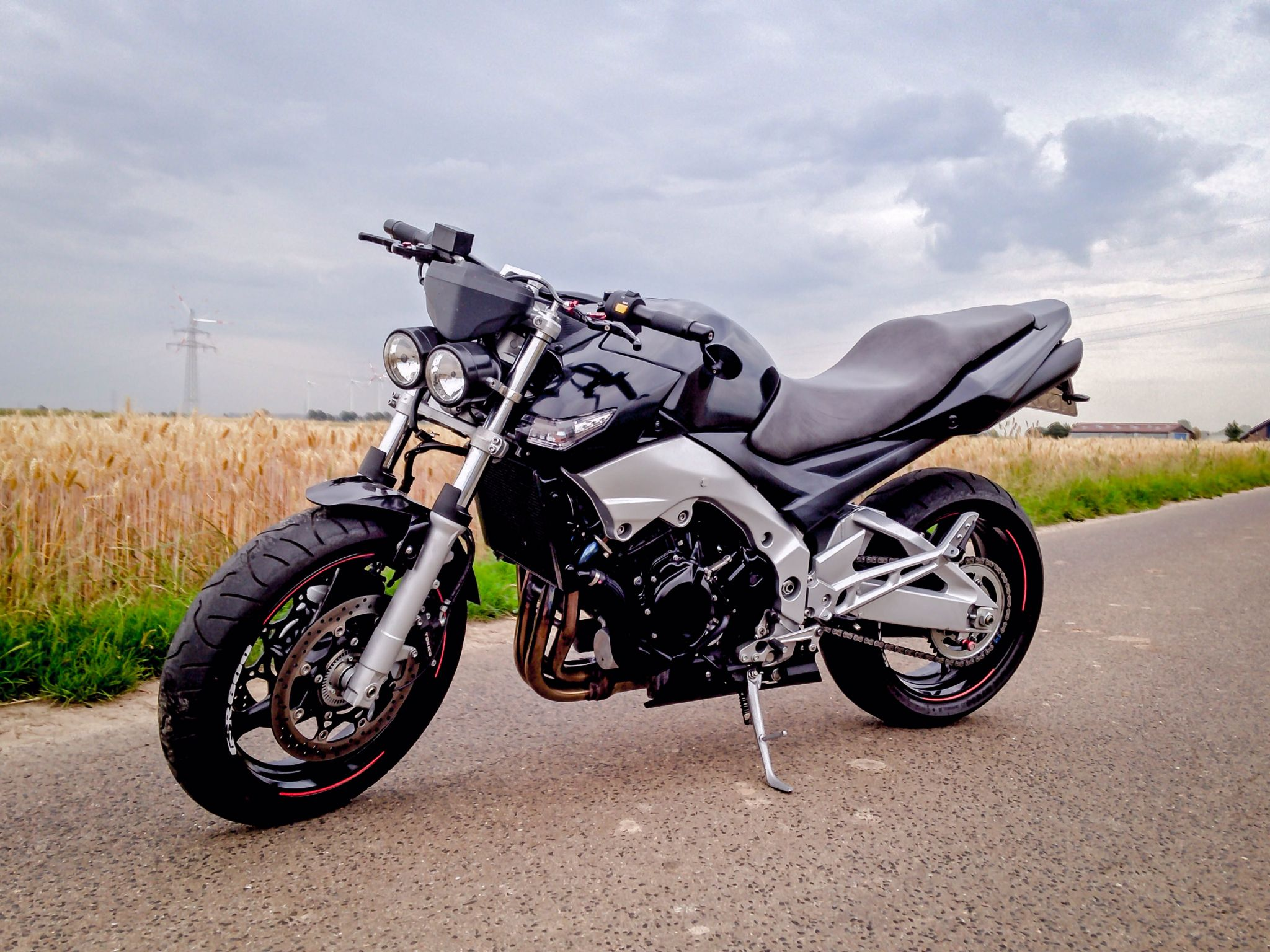 suzuki gsr 600 custom september 2015 my gsr 600 pinterest mopeds. Black Bedroom Furniture Sets. Home Design Ideas