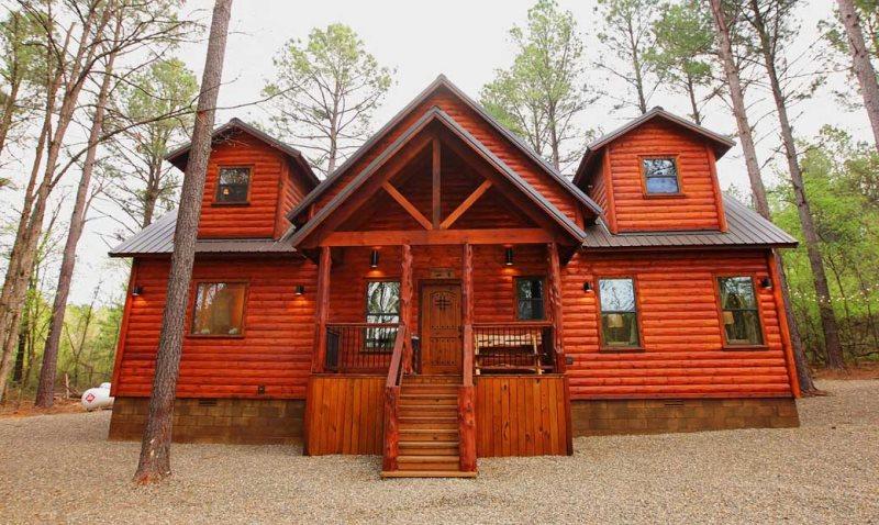 Kickapoo Pines Beavers Bend Luxury Cabin Rentals Broken Bow Cabin Rentals Broken Bow Lake Cabins Broken Bow In 2020 Luxury Cabin Rental Broken Bow Cabins Cabin