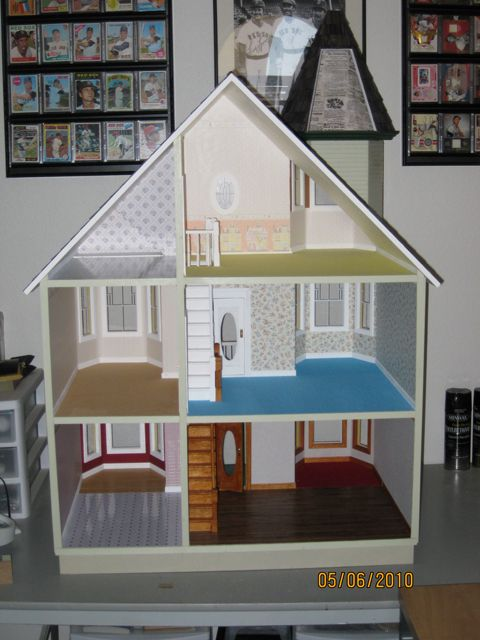The Painted Lady dollhouse by Larry Fleming | D7: Painted