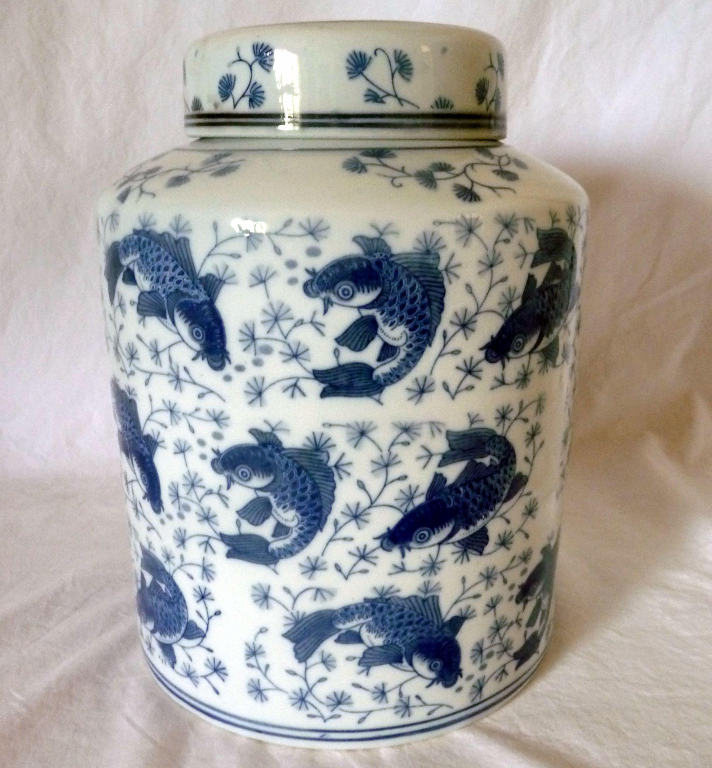 Large Chinese Porcelain Ginger Jar Blue & White W/Lid Koi Fish Design