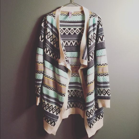 Spring Sweater Cardigan | size small | pre-loved | Sweaters Cardigans