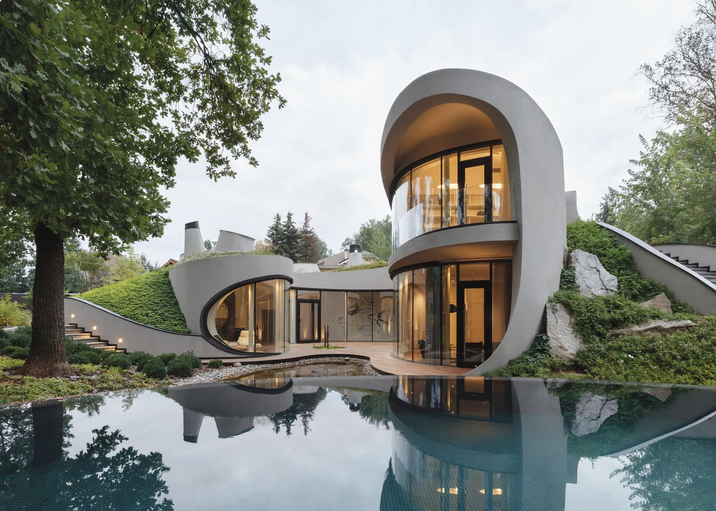Futuristic Modern Home Goes All In On Curves Architecture Futuristic Home House Architecture Design