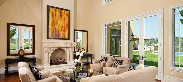 Kardashian living room look inside kim kardashian and for Decoracion casa kim kardashian