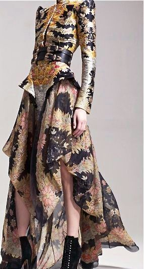 Pin by Lo on Alexander McQueen | Fashion, Fashion design