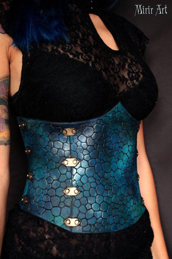 Dragón de cuero Underbust corsé/dragón/sirena. espuma de EVA. traje de fantasía, cosplay o LARP. Juego de trono dragón daenerys