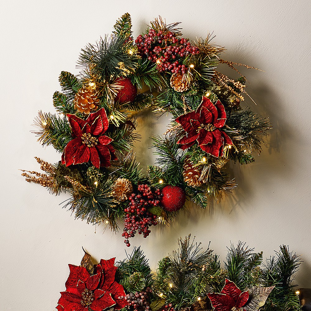 Pin on Traditional Wreaths & Garlands