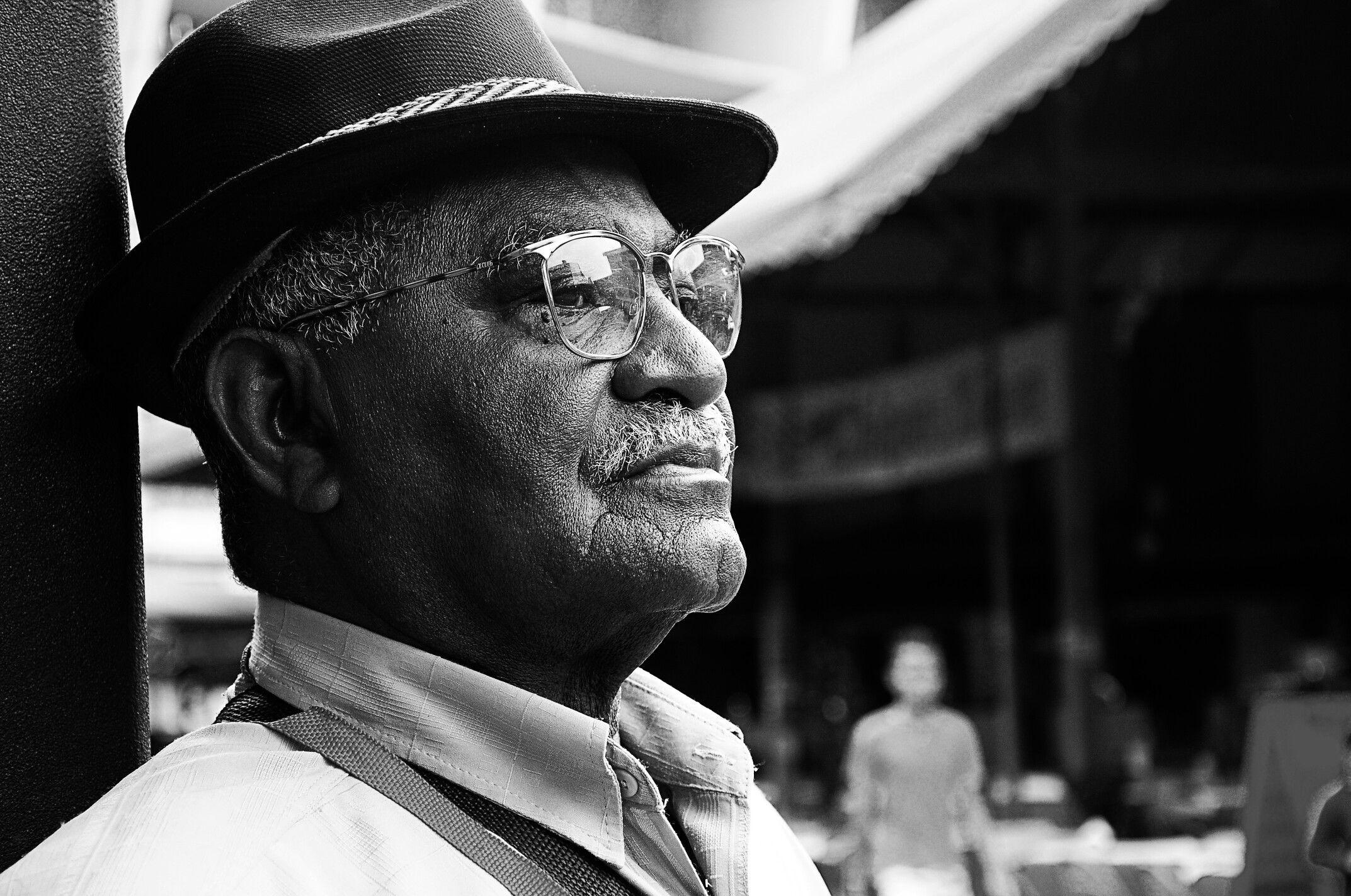 Velho homem negro -  foto : #fernandocorreafotografia