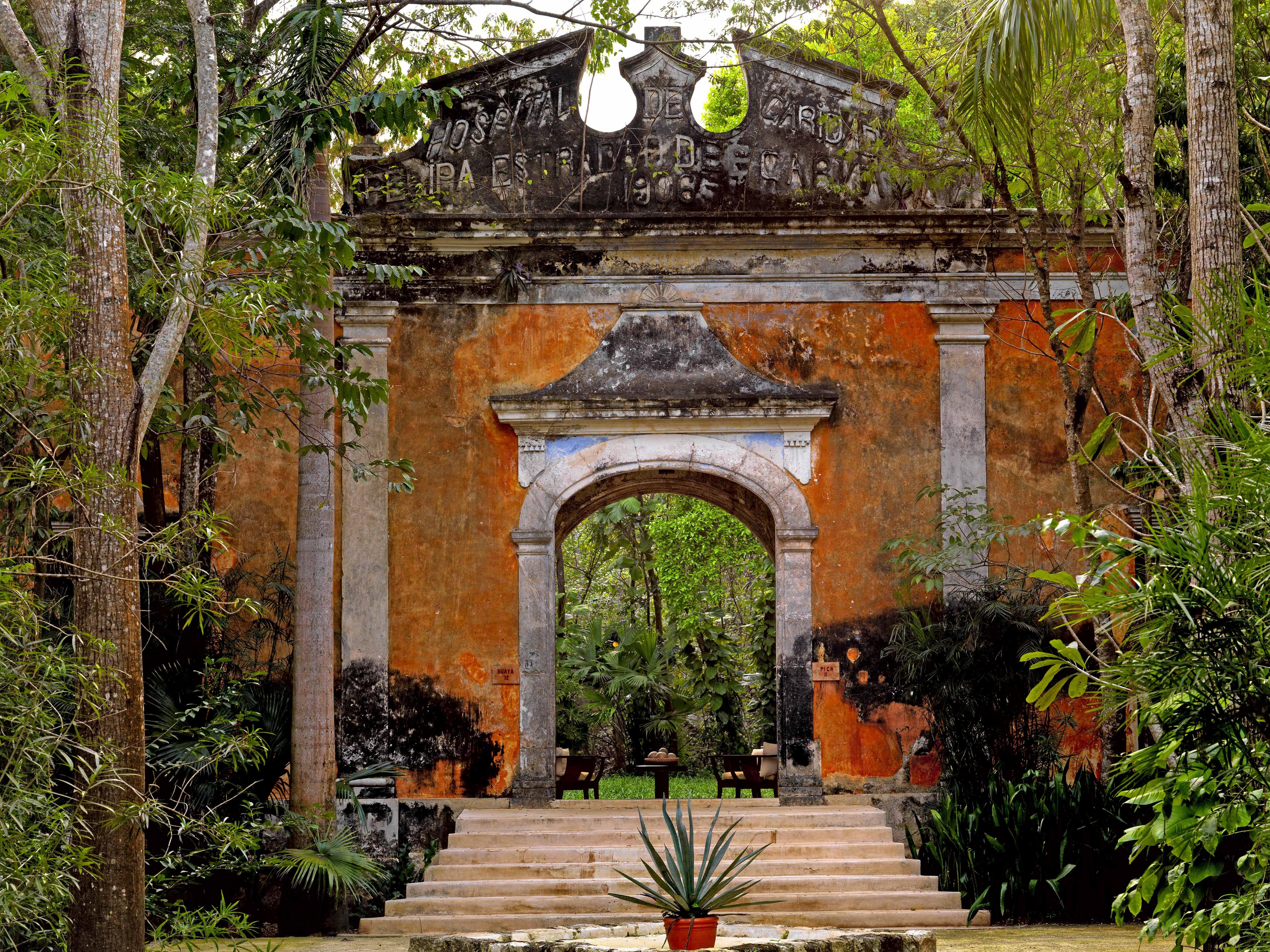 Estilo hacienda lina botero y massimo listri casa for Estilo colonial
