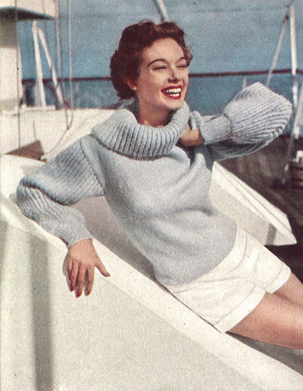 Knitting pattern woman/'s cardigan jacket /& skirt Aran Vogue Also in PDF form