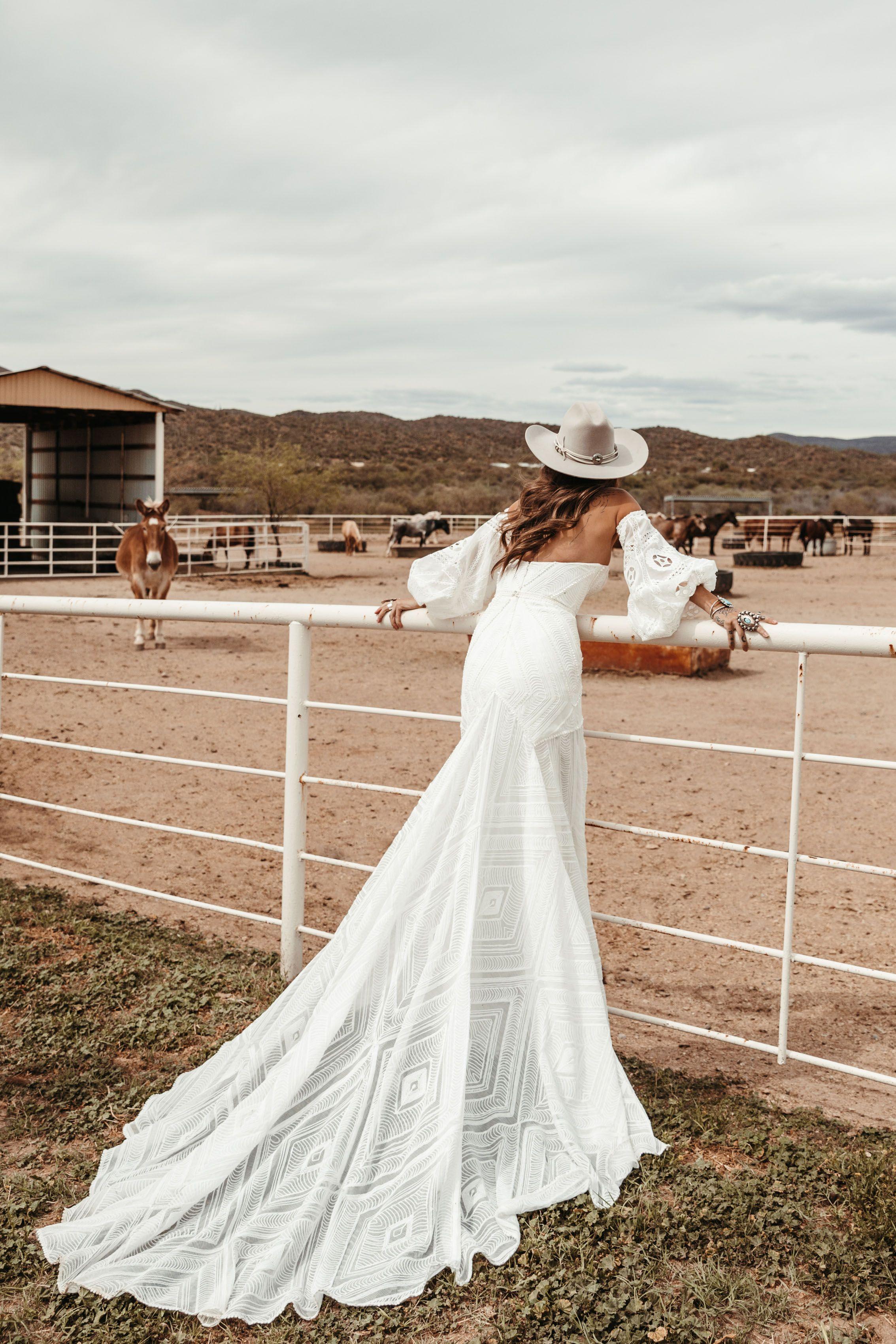 Arizona By Rue De Seine Western Wedding Dresses Boho Wedding Dress Wedding Gowns