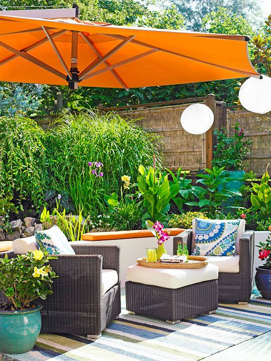 Bright Colors Can Trasnform Any E To A Tropical Oasis More Outdoor Room Ideas