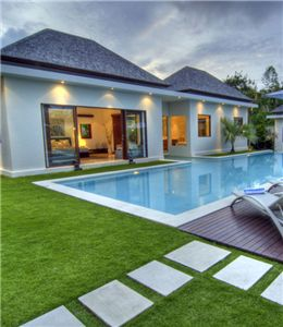 there are many reasons make you install synthetic grass around