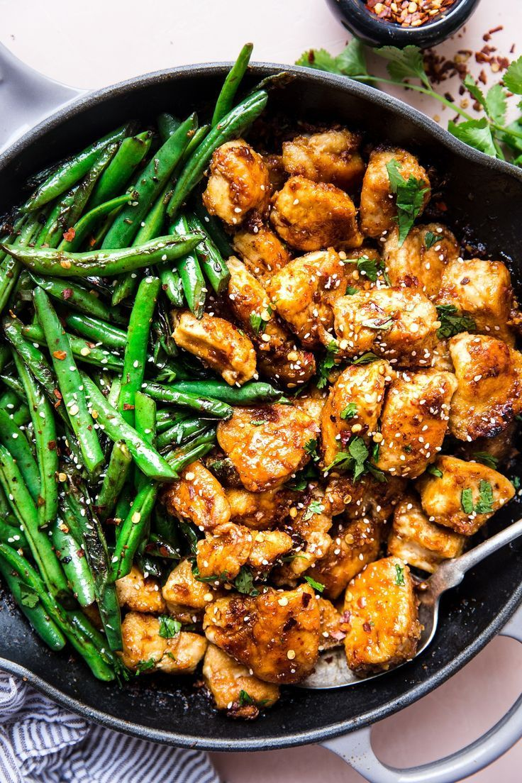 Crispy Chicken Stir Fry || Quick, easy and delicious, this crispy chicken stir-fry with blistered green beans and a garlicky sauce is perfect for a better-than-takeout weeknight dinner! #cheesecake recipes #chicken #crispy #fry #modern #proper #recipes for two #sandwich recipes #stir #stir fry recipes #weeknightdinners