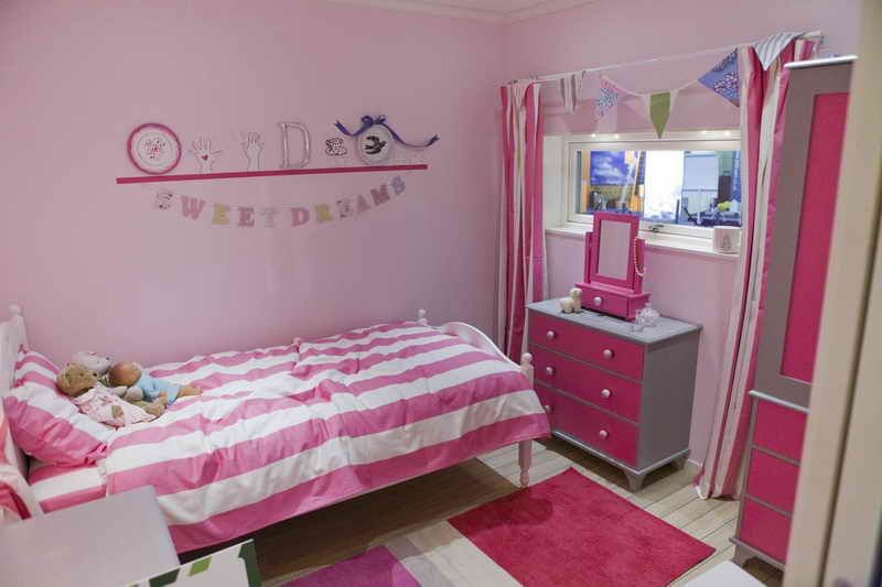 27+ Beautiful Girls Bedroom Ideas For Small Rooms (Teenage Bedroom Ideas)    Teenage And Girls Bedroom Ideas For Small Rooms   Girls Bedroom Multiple  Color ...