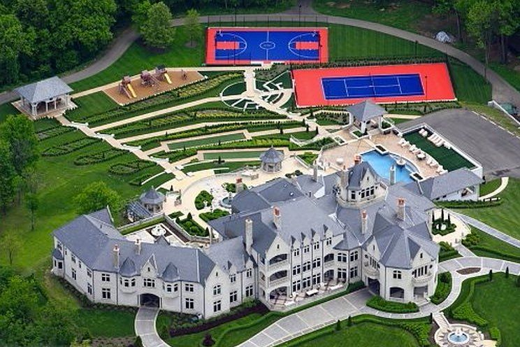 40000 sq ft #Pennsylvania Mega #Mansion owned by real estate developer Joseph Nocito. This home features 12 bedrooms 21 bathrooms 22 fireplaces a 15 car garage a swimming pool two gated entrances children's playground #basketball court and #tennis court. by luxury_listings #dreammansion